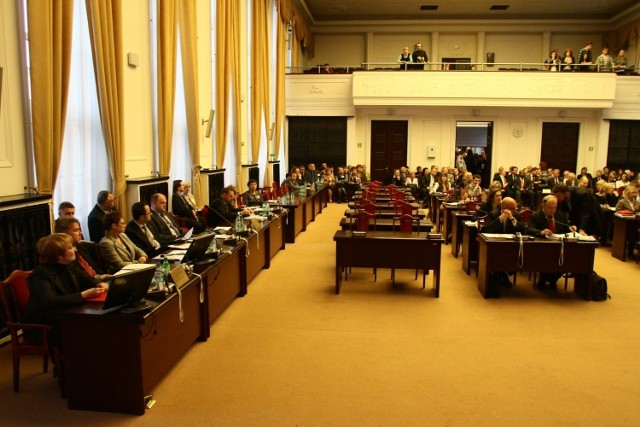 W środę rano rozpoczęła się sesja łódzkiej rady Miejskiej.