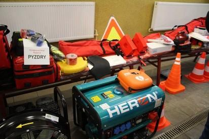 Pyzdry: Nowy sprzęt dla strażaków z ochotniczych jednostek