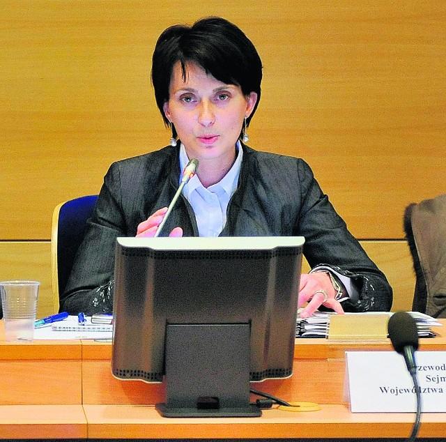Urszula Nowogórska już w nowej roli przewodniczącej sejmiku. O jej wyborze zdecydował jeden głos