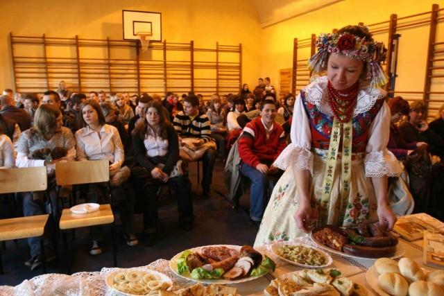 Uczniowie gastronomika przygotowali śląskie smakołyki