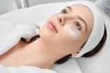 Oczyszczanie twarzy a skuteczna walka z zaskórnikami