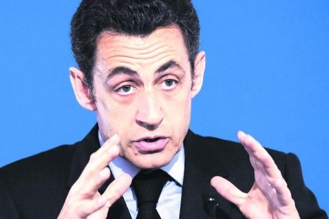 Panie proponowały, by Sarkozy dał krawat również Carli Bruni