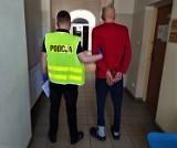 Pijany mieszkaniec Bytowa wymachiwał bronią i groził dwóm nastolatkom. Bytowska kronika policyjna