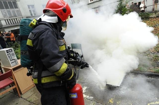 Straż pożarna dostaje kasę i nie potrafi jej wydać