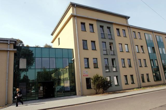 Budynek starostwa w Tarnowskich Górach przy ul. Karłuszowiec