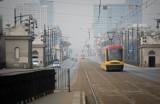 """Smog w Warszawie. Fatalna jakość powietrza. Kilkusetne przekroczenie normy. """"Apelujemy o pozostanie w domach"""""""