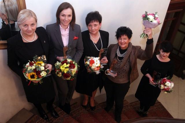 Elżbieta Koterba, Jagna Marczułajtis-Walczak, Renata Godyń-Swędzioł, Joanna Senyszyn i Róża Thun (na zdjęciu jej asystentka)- to najbardziej wpływowe kobiety Małopolski.