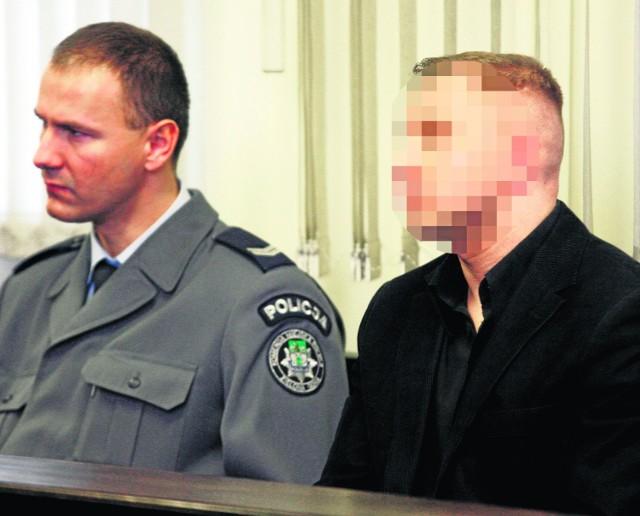 Marcinowi B., synowi Makowca postawiono łącznie 18 zarzutów
