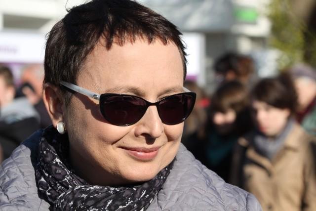 Katarzyna Hall, Platforma Obywatelska Aktywność na blogu nie przekłada się na oficjalną aktywność poselską