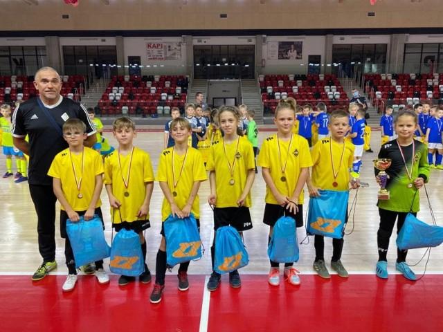 Turniej dla dzieci Gniezno. Grali w piłkę z okazji Święta Niepodległości