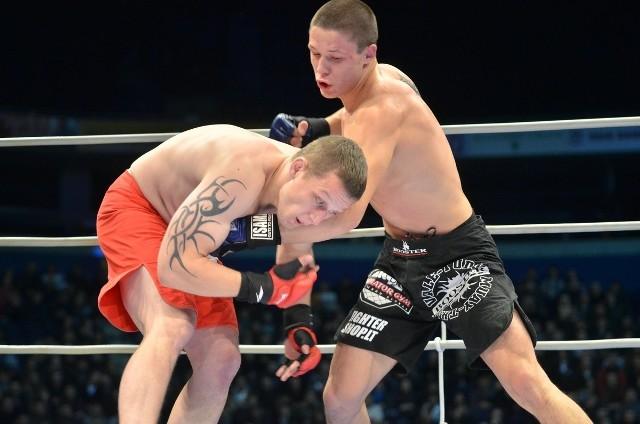 Radosław Demczur podczas debiutanckiej walki w MMA