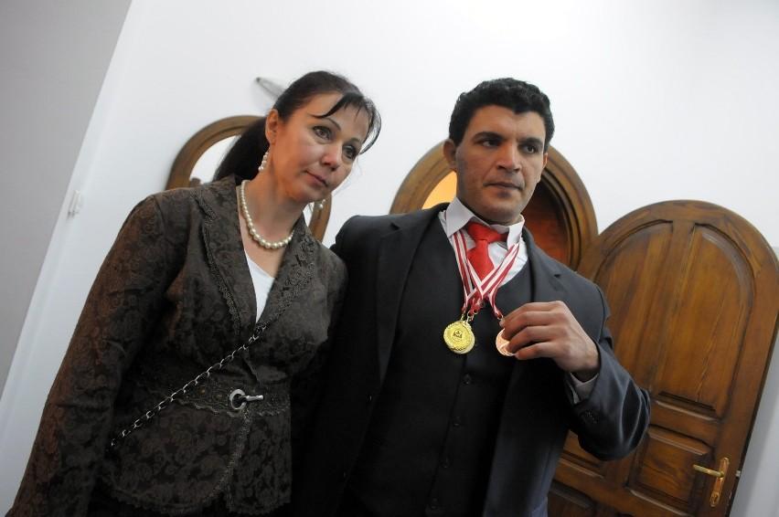 Yasser Shawky z Egiptu z żoną Jolantą