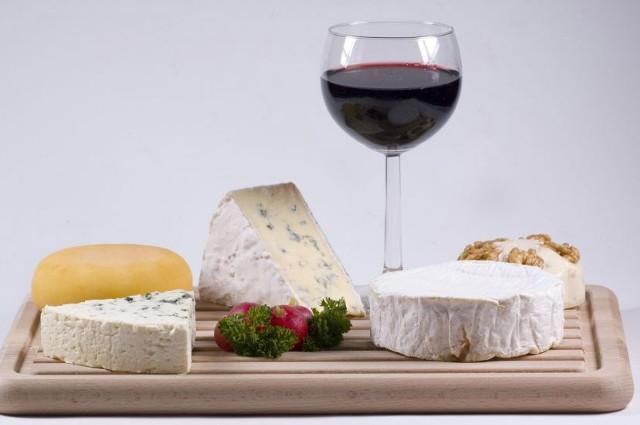 Doradzamy jak odkryć Francję - kulinarną stolicę Europy na wakacje