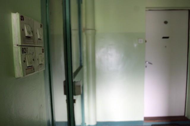 49-latek mógł umrzeć we własnym mieszkaniu. Na szczęście nie doszło do tragedii