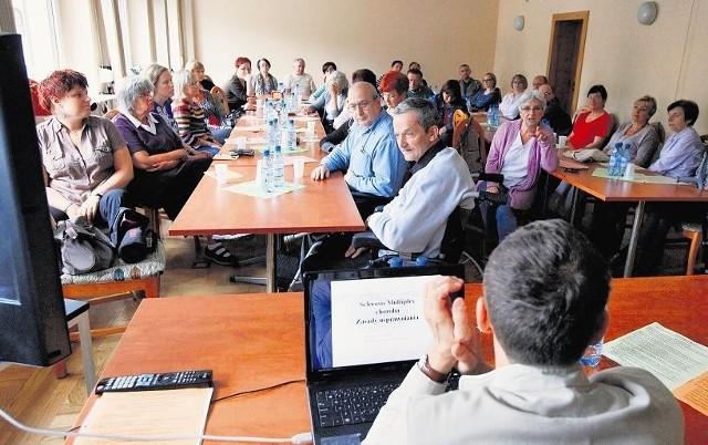 Chorzy na spotkaniu zorganizowanym przez Stowarzyszenie. Mają żal do służby zdrowia i NFZ