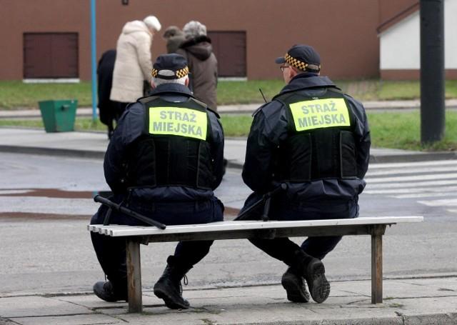 To kontrola, choć oficjalnie chodzi o bezpieczeństwo strażników