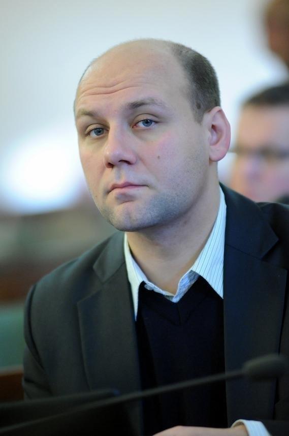 Radny Szymon Szynkowski vel Sęk rozważa możliwość opuszczenia komisji rewizyjnej
