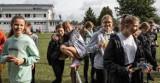 Sztafetowe biegi przełajowe szkół w Stargardzie. Wyniki i dużo zdjęć z trasy i podium