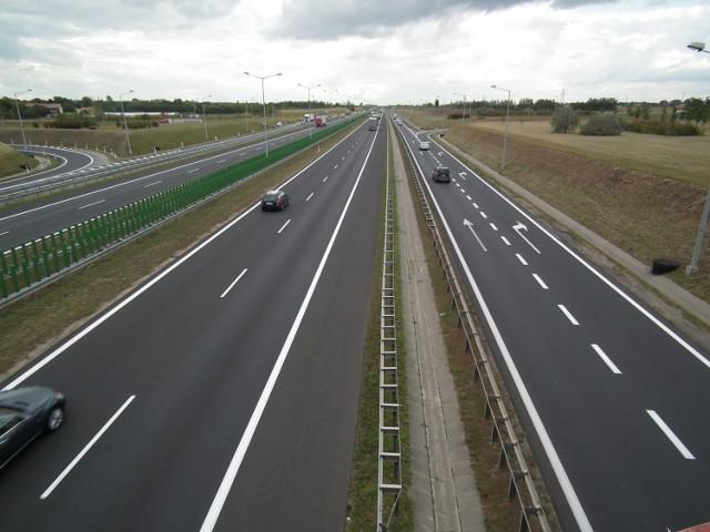 Autostrada A2 na wschód od Warszawy. Szybciej dojedziemy do granicy. Ale dopiero za sześć lat