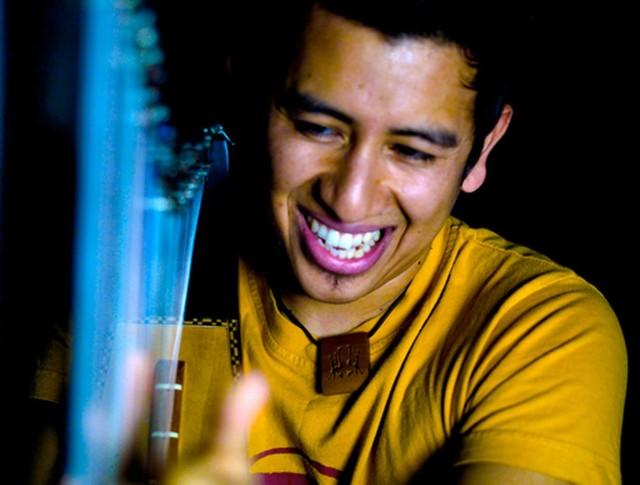 Edmar Castaneda będzie pierwszym z wykonawców festiwalu Enter Music