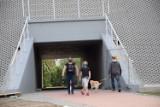 Wiadukt na ulicy Mostowej w Chodzieży: Piesi i rowerzyści już korzystają z nowego przejścia [ZDJĘCIA]