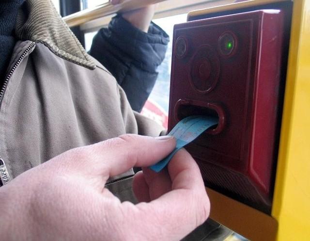 We wtorek podczas sesji radni nie zajmą się podwyżkami cen biletów komunikacji miejskiej
