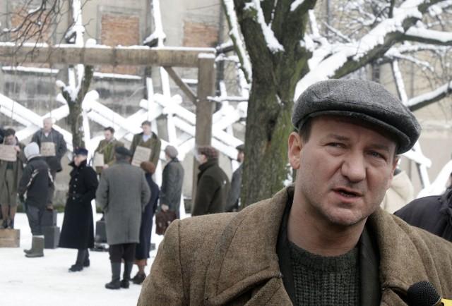 Robert Więckiewicz wcielił się w postać Sochy, drobnego złodziejaszka, który pomagał Żydom