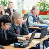 Gimnazjum 56: Testują sześć e-podręczników
