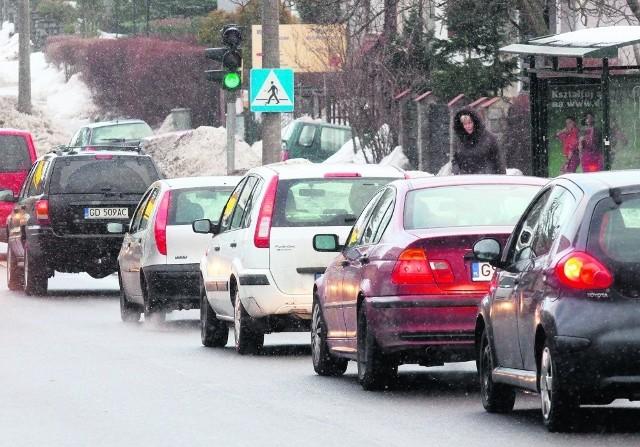 Dwa tysiące trzysta złotych traci przeciętnie gdański kierowca przez stanie w korkach
