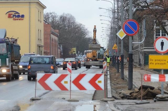 Trwa przebudowa ulicy Bukowskiej w Poznaniu