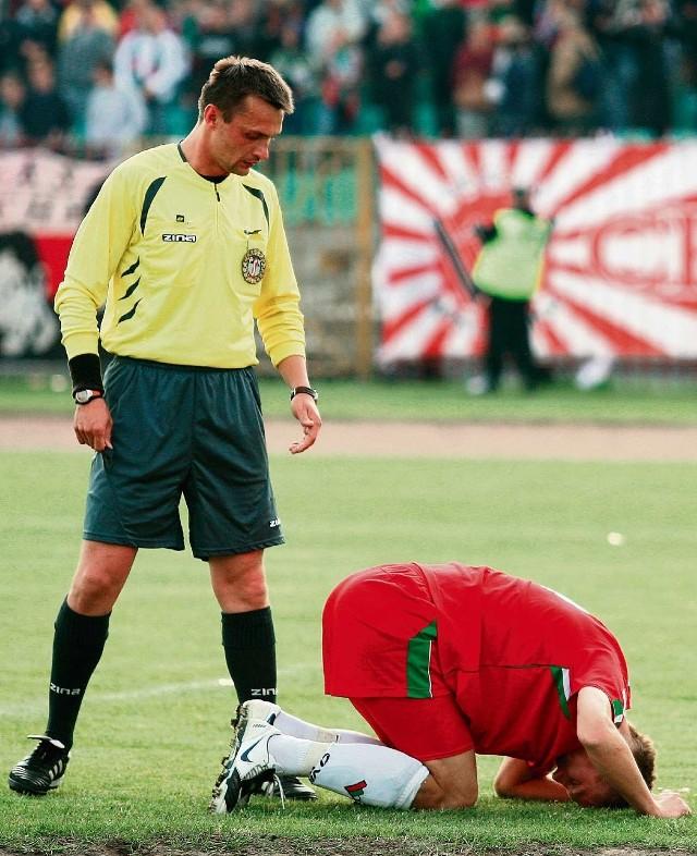 Piłkarze Zagłębia byli często upominani za grę na czas