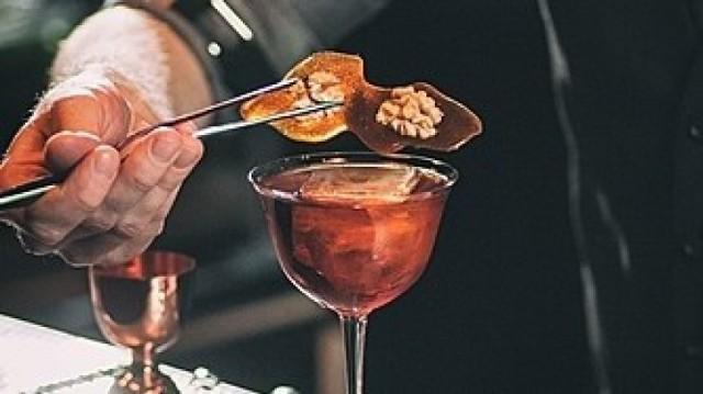 World Class Cocktail Festival powraca. Barmani w najlepszych lokalach czekają. Do wyboru m.in. Tortuga, Mango Sour, Cheese Burbon, Fumar?
