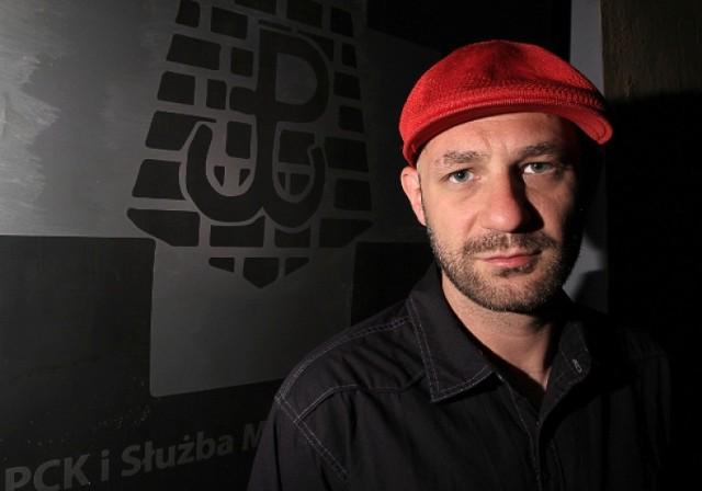 Skubas (Radek Skubaja) to jeden z artystów, którzy wystąpią na obchodachh 69. rocznicy wybuchu Powstania Warszawskiego