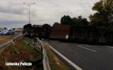 Miał blisko 2 promile i kierował ciężarówką. Pojazd wywrócił się na S3 i zablokował ruch na kilkanaście godzin!