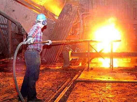 Huta musi ograniczać produkcję, bo są problemy ze sprzedażą jej wyrobów