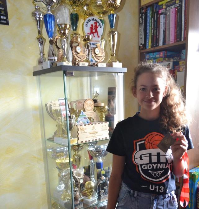 Weronika Ptach z medalami