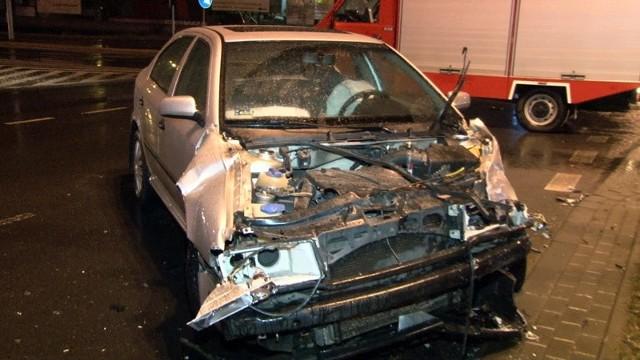 Wypadek na skrzyżowaniu Włókniarzy i Pojezierskiej
