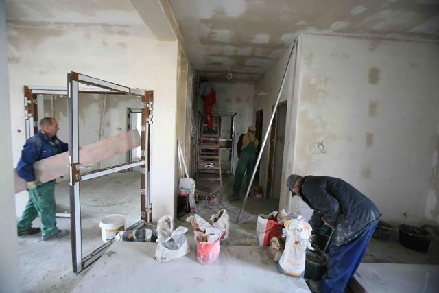 Budynek hospicjum czekają teraz prace wykończeniowe