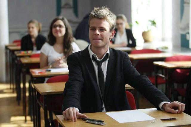 31 maturzystów z II Liceum Ogólnokształcącego w Poznaniu pierwszy egzamin zdawało już w środę  2 maja