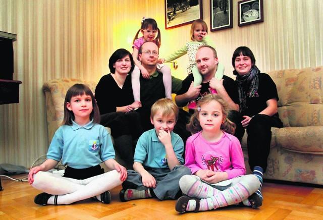Zmudowie-Trzebiatowscy i Kucharscy obywają się bez telewizji. Mają dla siebie więcej czasu - nie tylko podczas świąt