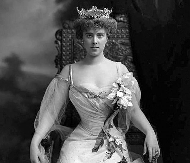 Księżna Daisy była jedną z najpiękniejszych kobiet epoki edwardiańskiej