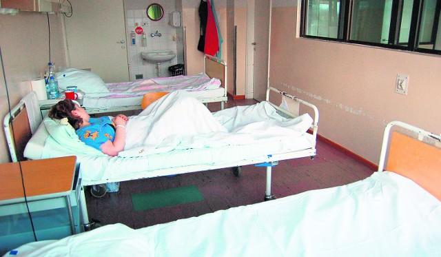 W Łukaszu miesięcznie odbieranych jest ponad sto porodów. Szpitalne sale nie muszą się już kojarzyć pacjentkom z bólem
