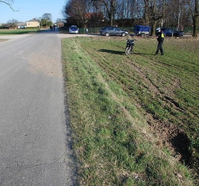 Wola Osowińska: 22-letni motocyklista wjechał w rowerzystkę