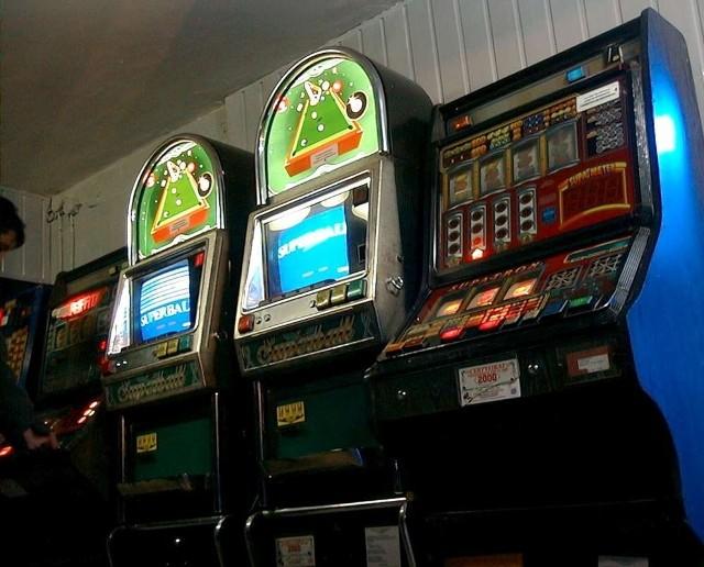 Firma Filmotechnika stara się o przekształcenie dotychczasowych salonów gier w kasyna
