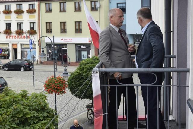 Referendum w gminie Skierniewice dotyczy odwołania wójta Czesława Pytlewskiego, którego przedstawiamy w różnych sytuacjach