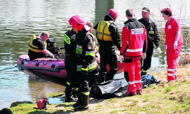 Ciało mężczyzny wyłowione z Dunajca przebywało w wodzie od dłuższego czasu. To 43-letni bezdomny