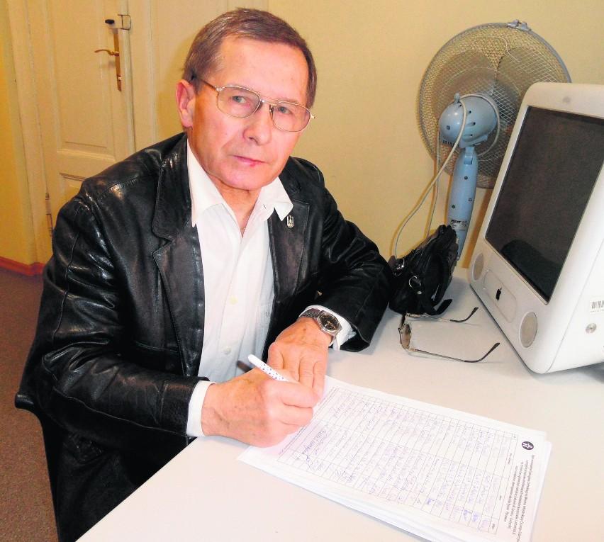 Włodzimierz Żak podpisał nasz apel w rybnickiej redakcji DZ