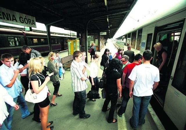 Skrócenie czasu dojazdu do Wrocławia sprawi, że  jeleniogórzanie będą częściej jeździć koleją