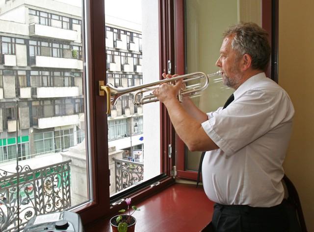 Łódzki hejnalista nie może już wychodzić na balkon