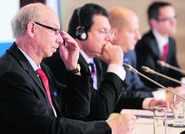 Janusz Lewandowski (z lewej) - twórca projektu budżetu UE